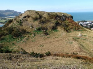 Castell Deganwy (mwnt)