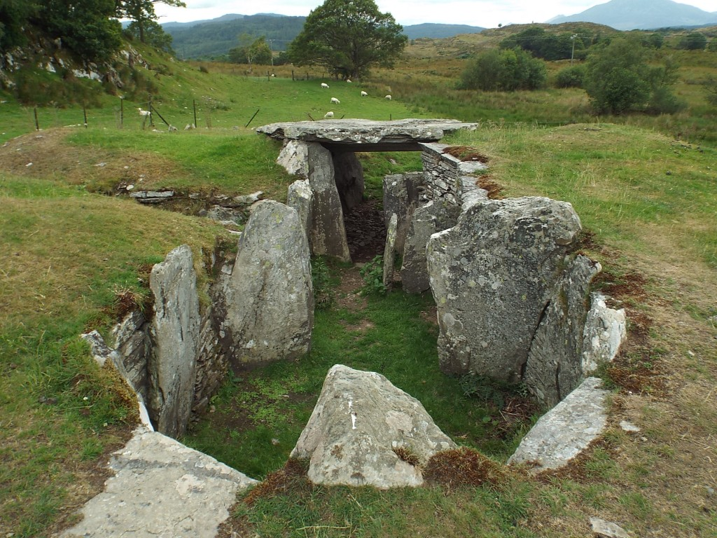 capel garmon (2nd chamber)
